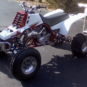 banshee, +6 swinger, custom axis front and rear, 10mil cub, shearer in frames, 39mm carbs, coolhead